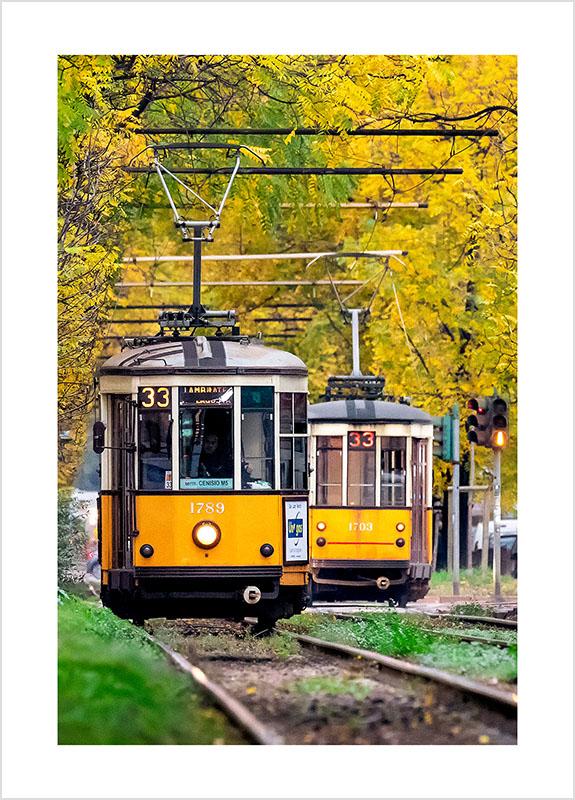 Franco Gualdoni_Meravigliosa Milano - Tram in autunno in Corso Regina Giovanna