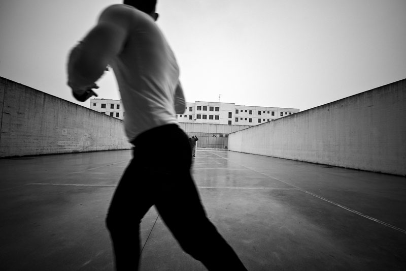 Giovanni-Mereghetti-Oltre-il-muro-2015